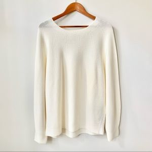 UNIQLO   RELAXED LIGHTWEIGHT CREAM SWEATER TOP